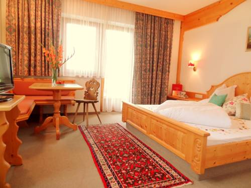Boutique hotel lechtaler hof in warth am arlberg for Boutique hotel ischgl